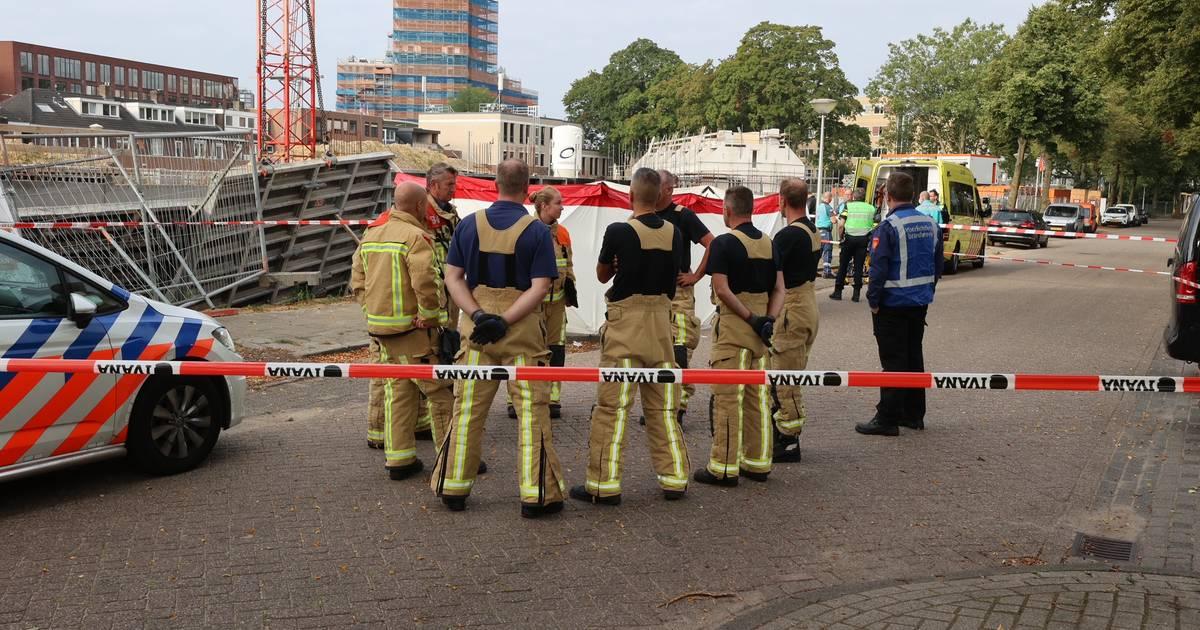 Bouwvakker uit Helmond overleden na ongeval op bouwplaats in Eindhoven.