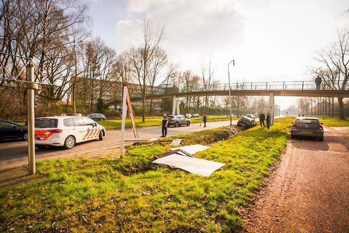 Een ravage op de Eisenhowerlaan in Eindhoven.