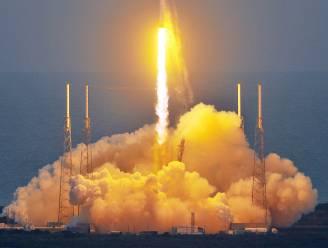 Amerikaanse raketbouwer SpaceX lanceert satelliet van de NASA