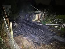Schuurtje in moestuincomplex vat vlam in Wierden