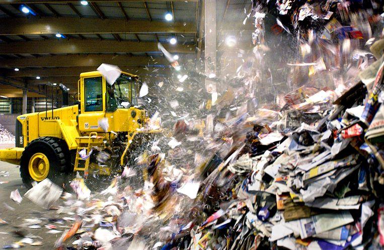'Er ontstaat een toenemende competitie op de markt van oud recycleerbaar papier.'  Beeld Yann Bertrand