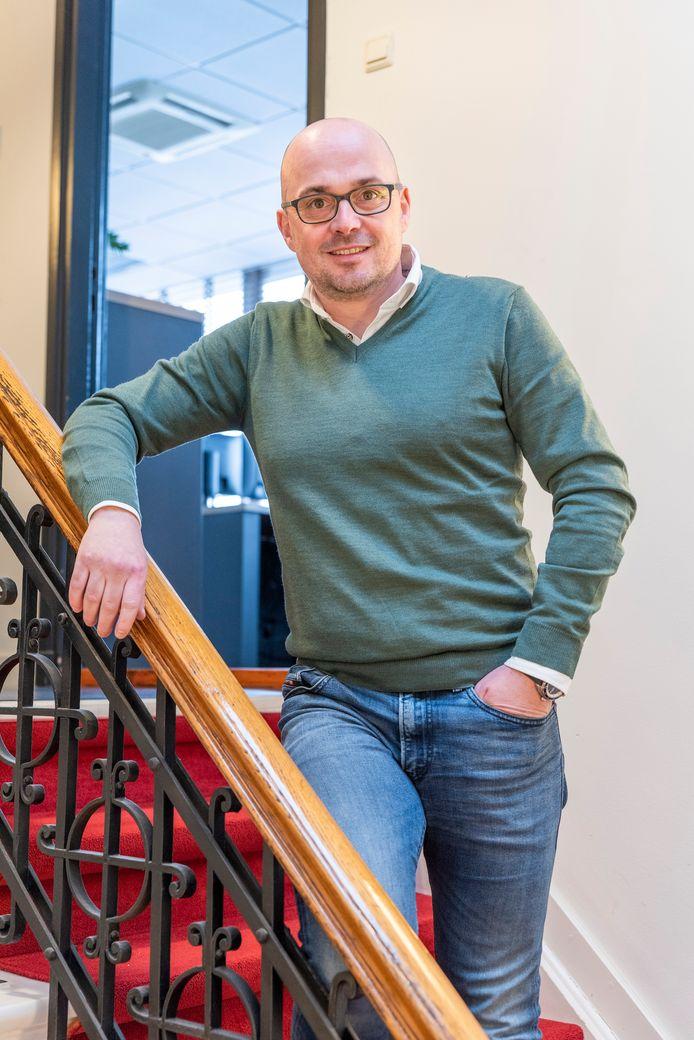 Maurice Bartels, accountant bij Vermetten: ,,We beklagen ons niet dat we het druk hebben.''