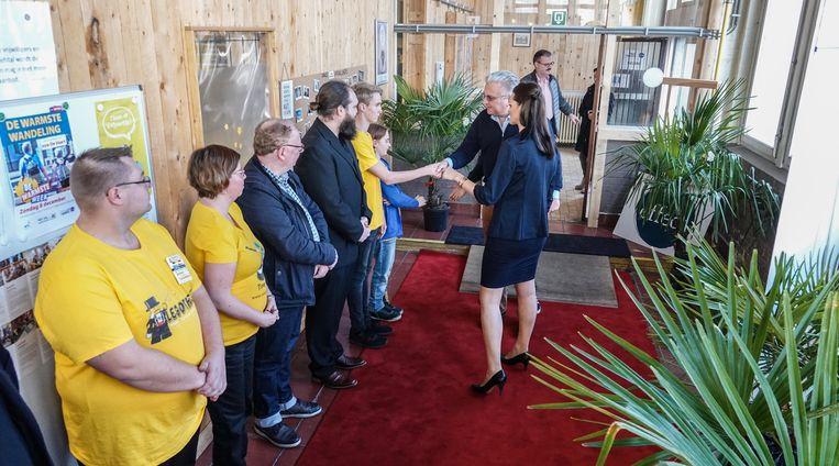 Kortrijk Prins Laurent bezoekt de Legotheek