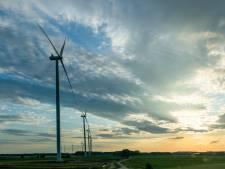 Regio moet veel meer energie steken in wind en zon; 5 keer zoveel panelen en 17 hoge molens extra