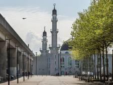 Steeds meer moskeeën versterken oproep tot gebed