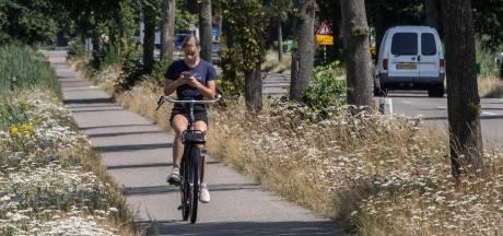 Telefoon in de hand is een boete op de mat, al honderden boetes in Zuidoost-Brabant