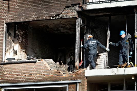 Een verwarde man veroorzaakte een gasexplosie aan de Moddermanstraat in Rotterdam-Schiebroek in februari 2015. Dertien mensen raakten gewond, de schade was enorm.