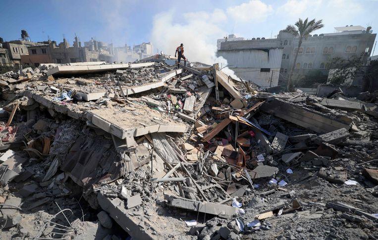 Een verwoest gebouw in Gaza-stad. Beeld AFP
