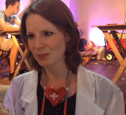 Projectleider Daphne van de Bongardt van het onderzoeksteam Lovin Lowlands, ofwel de liefdesdokter