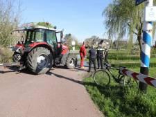 Fietser ernstig gewond na ongeluk met tractor in Tienhoven