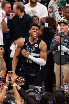 'Greek Freak' loodst Milwaukee Bucks na fraaie inhaalrace naar eerste NBA-titel in 50 jaar