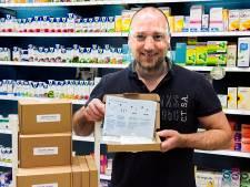Corona-zelftests vinden gretig aftrek: 'Wij verkopen ze voornamelijk aan ouderen'