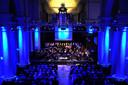 Concerten kunnen prima plaats vinden in de St. Jan in Roosendaal, zoals hier het Harmonie Orkest Roosendaal in 2013, maar het gebruik ontspoorde toen er ook discofeesten werden gehouden.