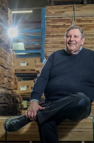 """INTERVIEW. Wie is Donald Muylle (69), de man van de reclamespotjes van Dovy Keukens? """"Mijn vader heeft mij laten zitten. Ik wilde me bewijzen"""""""