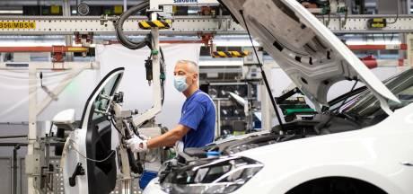 Boete van 875 miljoen euro wegens kartelvorming, 'verrader' Mercedes gaat vrijuit