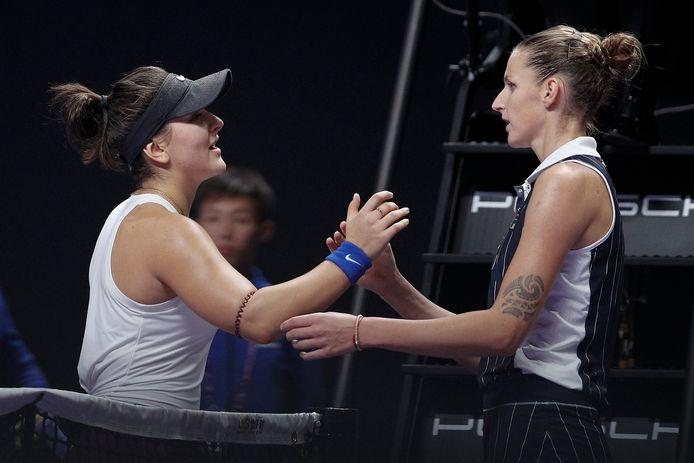 Bianca Andreescu (l) met Karolina Pliskova