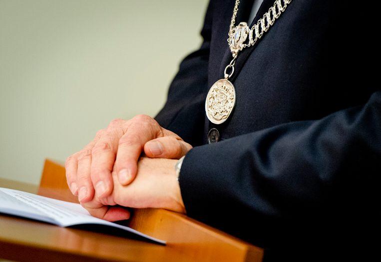 Burgemeesters verzuipen niet zo snel, stellen Liesbeth Spies en Pieter Broertjes. Beeld ANP