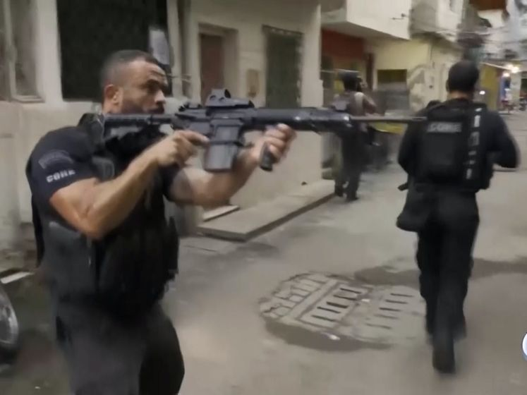 Schokkende beelden: Politieactie in Rio loopt uit de hand: 25 doden