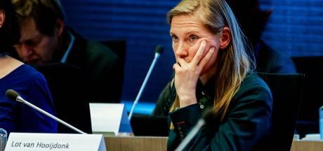 Van Hooijdonk opnieuw onder vuur vanwege 'onvolledige informatie Uithoflijn' aan raad