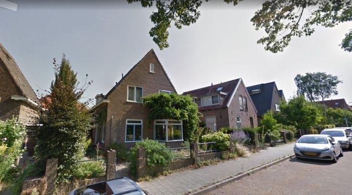 Dit deel van de August Faliseweg krijgt binnenkort vergunningparkeren.