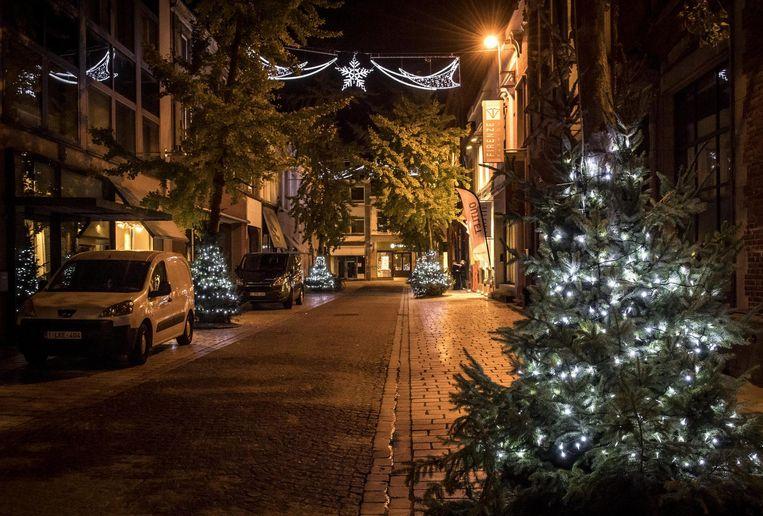 In de Vlamingstraat waan je je al eind december.