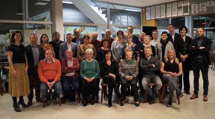 Unizo Hooglede-Gits maakte de winnaars van de eindejaarsactie bekend tijdens de nieuwjaarsreceptie in de cafetaria van sporthal Ogierlande.