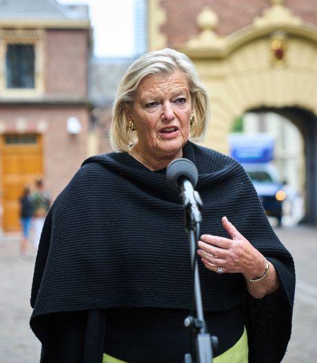 Broekers-Knol draait beleid gezinshereniging asielkinderen terug