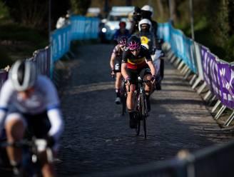 """Van Vleuten wint Ronde van Vlaanderen, Kopecky pech op Oude Kwaremont: """"Had nochtans goeie benen"""""""