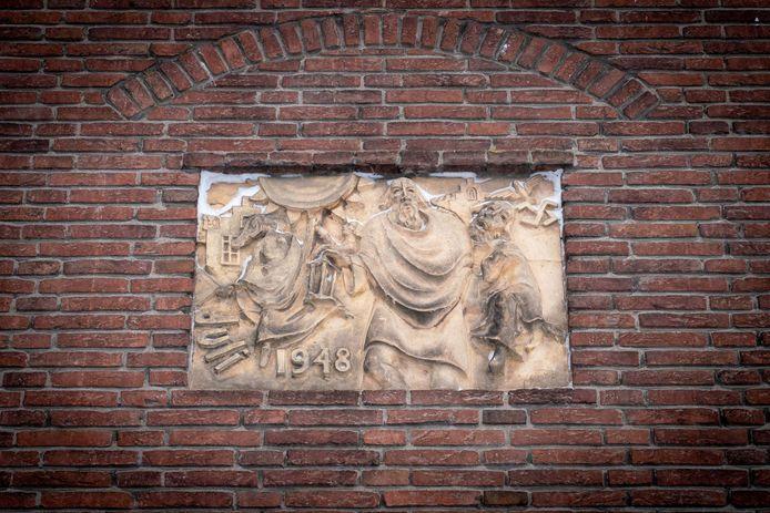 Diogenes met lamp in Huissen.