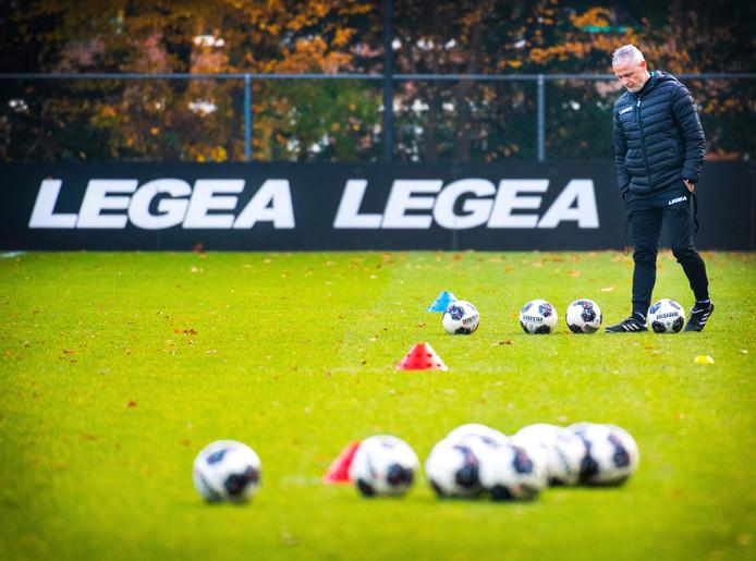 NEC-trainer Jack de Gier.