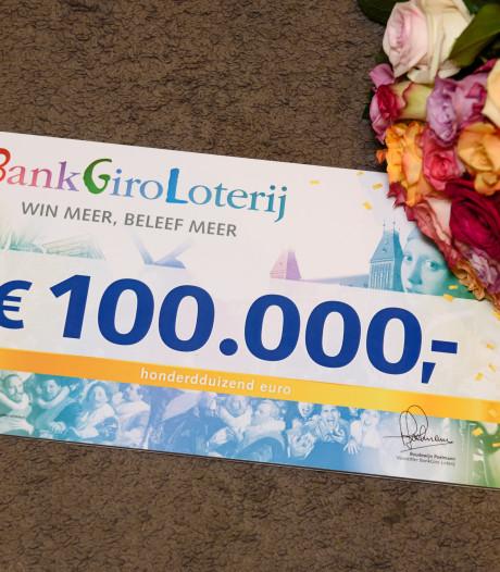 Rijenaar wint een ton bij BankGiro Loterij