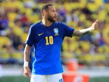 """""""Si tu jouais au paradis, je mourrais pour te voir"""": Neymar soutenu par ses équipiers de la Seleçao"""