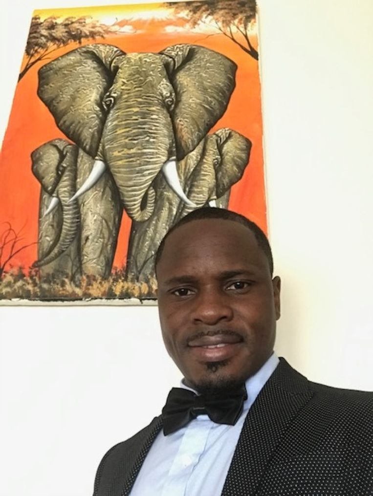Cinti Mwangu  Beeld