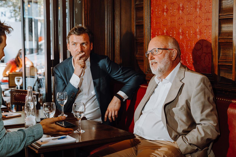 Dirk Jacobs (ULB) en Dirk Van Damme (ex-OESO). 'Vlaanderen was helemaal niet voorbereid op de digitale sprong die gemaakt moest worden.'  Beeld Illias Teirlinck