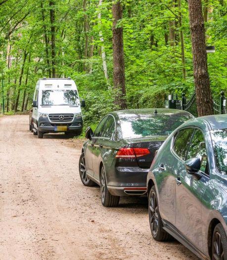 Dode man (70) in Brabantse bosvilla door misdrijf om het leven gekomen: 'Dachten dat hij op vakantie was'