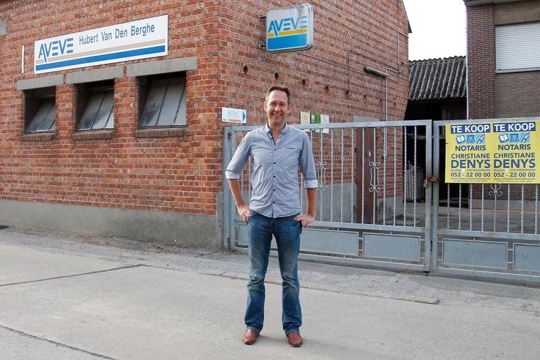 Tom Bogman van sociale huisvestingsmaatschappij Volkswelzijn aan de oude Aveve.