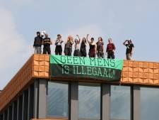 Actievoerders opgepakt bij NAVO en TNO-gebouw in Den Haag