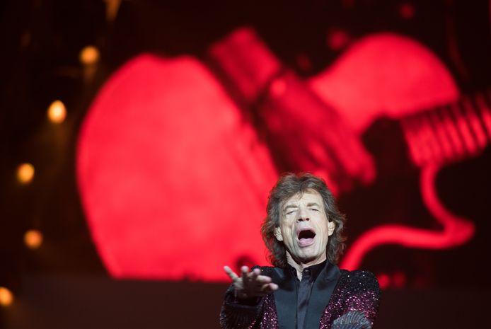 Mick Jagger op het podium in GelreDome.