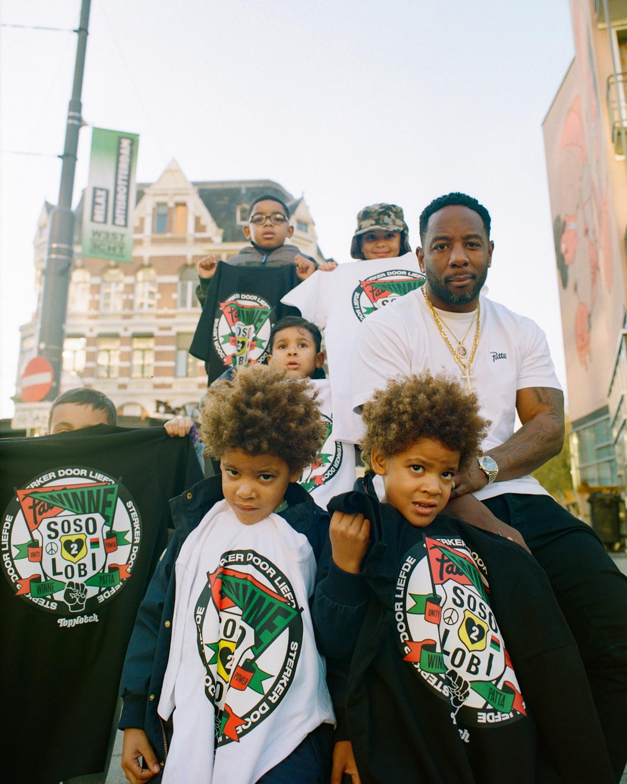 Rapper Winne: 'Ik dacht: als iedereen nu naar me luistert, wat wil ik ze dan vertellen?'  Beeld Stacii Samidin
