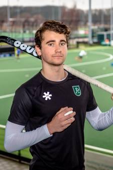 Guus Jansen (18) mag weer hockeyen met HC Rotterdam: 'Voelt gek dat ik mag en anderen niet'