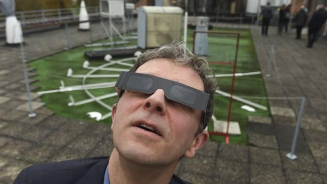 Opgepast! Zonnebril volstaat niet voor staren naar nakende eclips