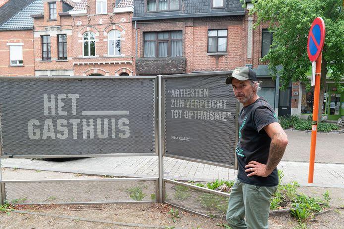 Kurt De Bont snapt de regelgeving voor de dubbele overbruggingspremie in de culturele sector niet.