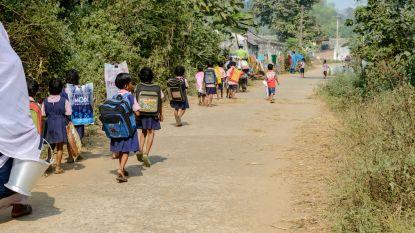 India verbiedt zware schooltassen in strijd tegen rugproblemen
