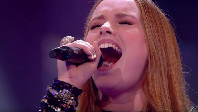 Isabel Provoost in actie bij The Voice