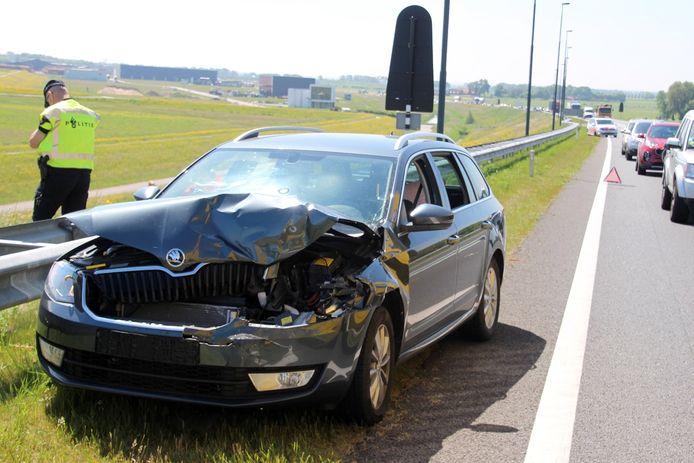 De auto's hadden grote schade.