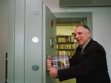 Achterhoekse uitgeverij Fagus bestaat 30 jaar; uitgever Hans de Beukelaer geridderd