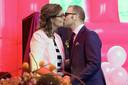 Ruurlo - Marc Brand en Sylvia de Ruig trouwden zondagmorgen op Reurpop.