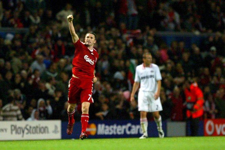 Robbie Keane scoort voor Liverpool. Foto EPA/Steve Woods Beeld