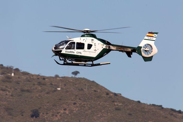 Een Spaanse reddingshelikopter (archiefbeeld). Beeld EPA