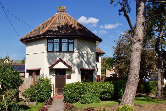 Een replica van een Dutch cottage.